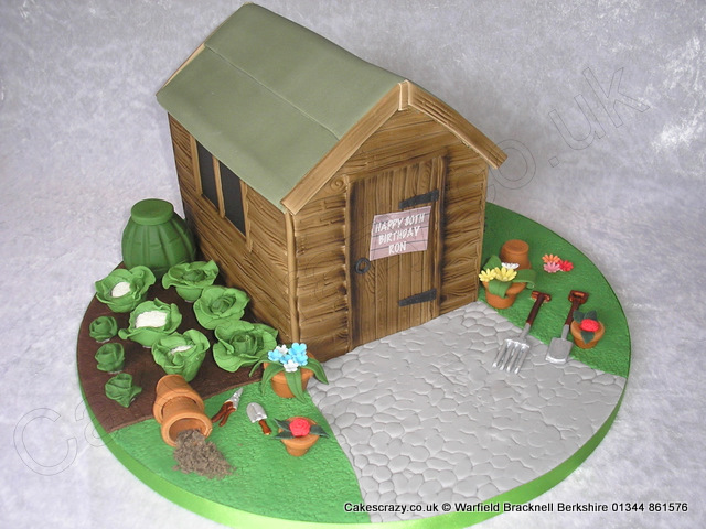 Cake Decorating Gardeners Road : Men in Sheds   Bedford